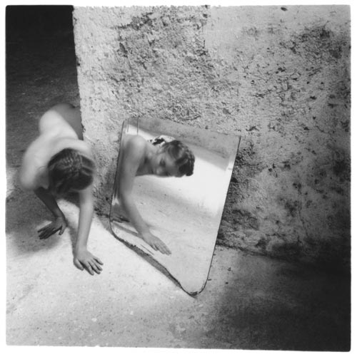 (c) Francesca Woodman - In mostra a Lucca Digital Photo Festival